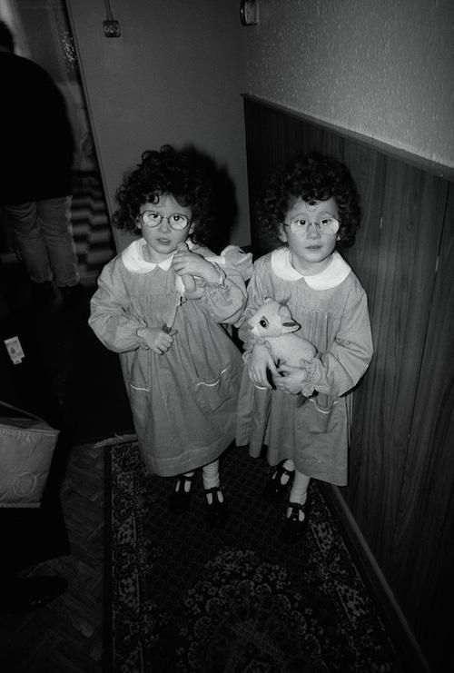 Neil Miller 95-3-xx-33A Twins, Dublin 500x711px