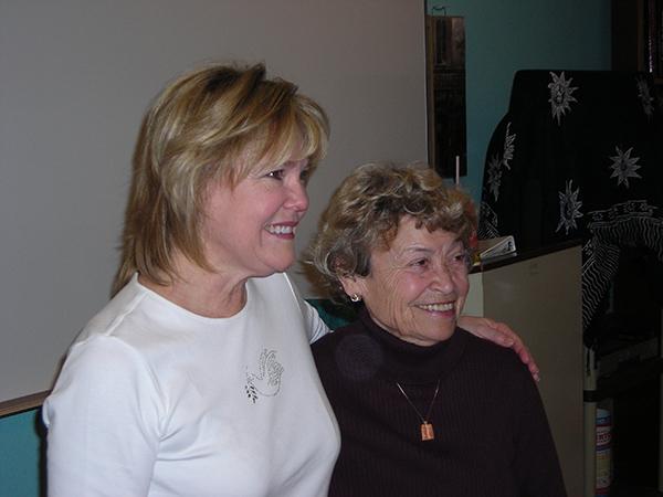 Valerie & Helen 600x450